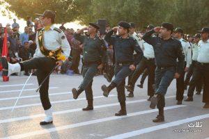 رژه نیروهای مسلح در بندر کنگان برگزار شد