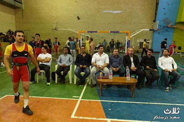 مسابقات-پرس-سینه-کنگان۹۵ (۲۰)
