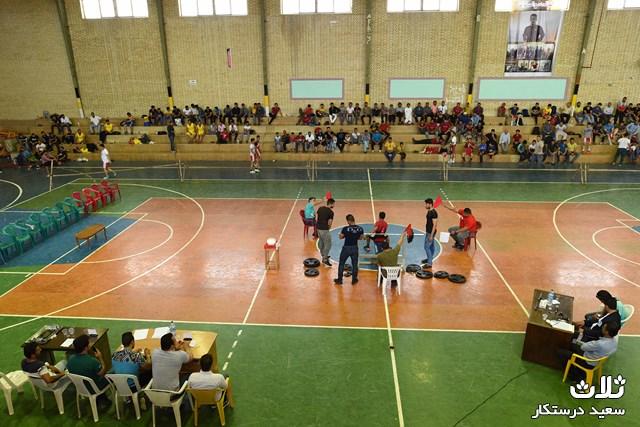 مسابقات-پرس-سینه-کنگان۹۵ (۷)